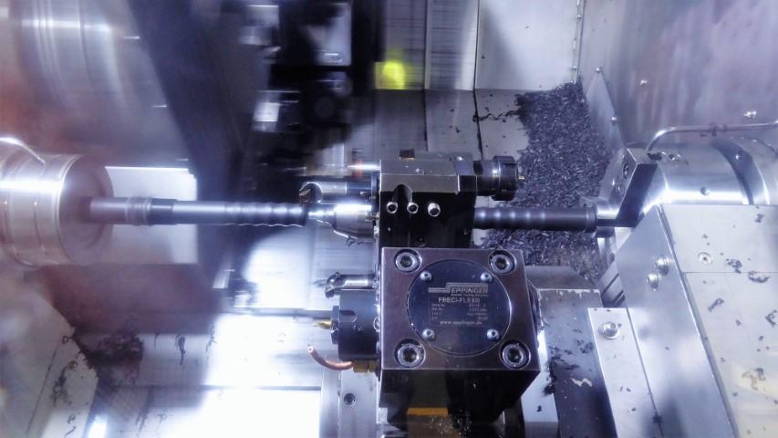 Dymato ontwikkelt voor draaicentra unieke werkstukuitneeminstallaties